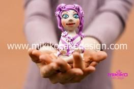 Bambolina in pasta di zucchero tema meditazione