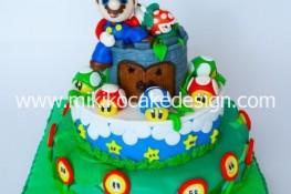 Immagine della torta in pdz con Super Mario per il compleanno di mia madre