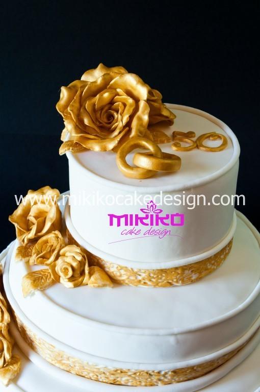 Particolare della torta per il 50esimo anniversario di matrimonio