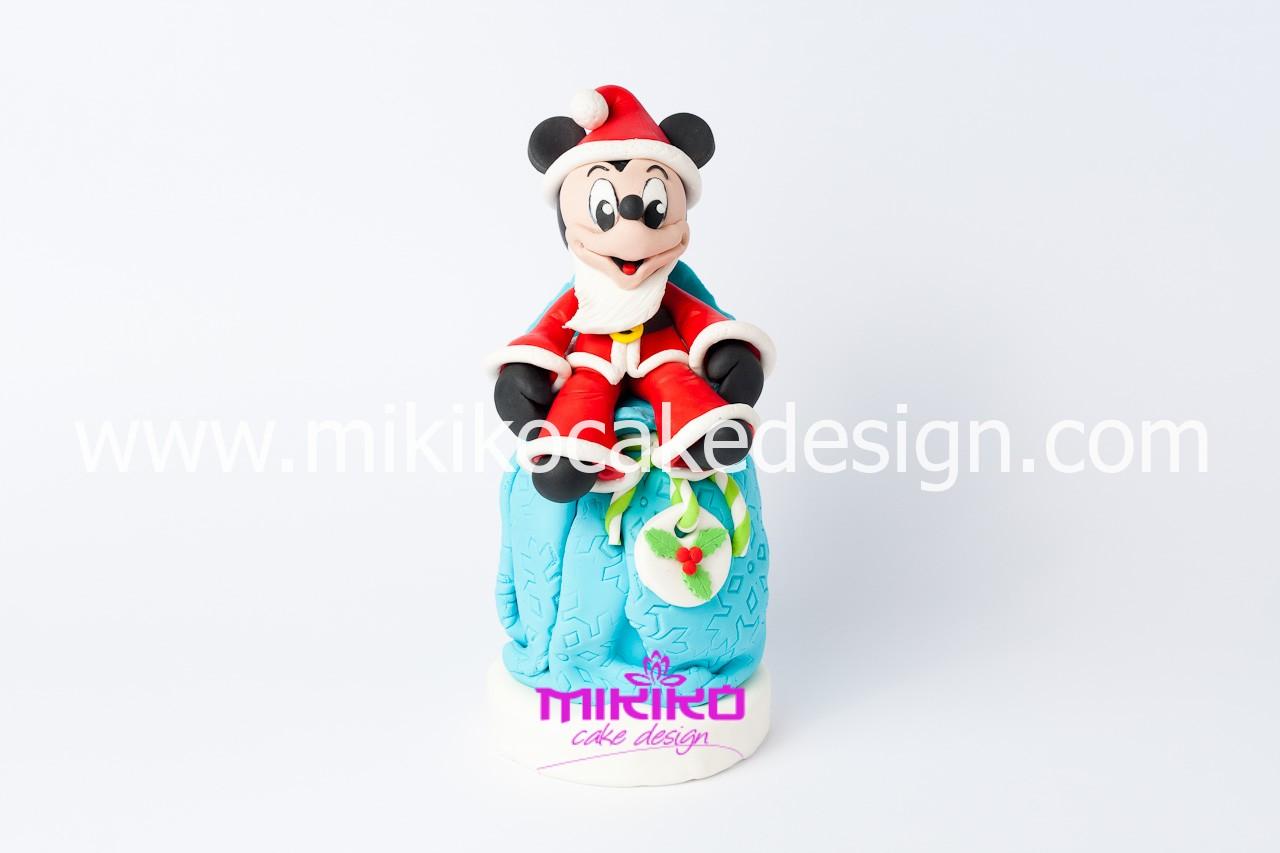Immagine del panettone decorato con topolino in PDZ