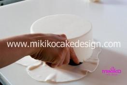 Tutorial passo passo torta decorata in pasta di zucchero per San Valentino-03 - 1024