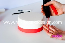 Tutorial passo passo torta decorata in pasta di zucchero per San Valentino-09 - 1024