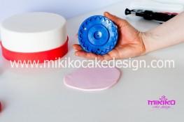 Tutorial passo passo torta decorata in pasta di zucchero per San Valentino-13 - 1024