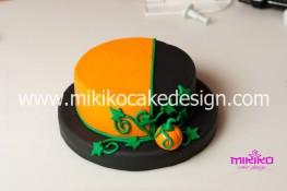 Torta pasta di zucchero per Halloween tuorial decorazioni passo passo (23)