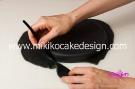Torta pasta di zucchero per Halloween tuorial decorazioni passo passo (3)