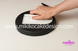 Torta pasta di zucchero per Halloween tuorial decorazioni passo passo (4)