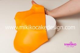 Torta pasta di zucchero per Halloween tuorial decorazioni passo passo (5)