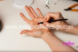 Torta pasta di zucchero per Halloween tuorial decorazioni passo passo (68)