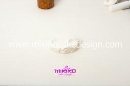 Piccolo panettone decorato con pasta di zucchero - Idee per Natale-07