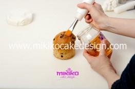 Piccolo panettone decorato con pasta di zucchero - Idee per Natale-09