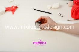 Piccolo panettone decorato con pasta di zucchero - Idee per Natale-16