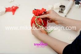 Piccolo panettone decorato con pasta di zucchero - Idee per Natale-18