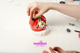 Piccolo panettone decorato con pasta di zucchero - Idee per Natale-34