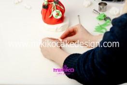 Piccolo panettone decorato con pasta di zucchero - Idee per Natale-42