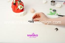 Piccolo panettone decorato con pasta di zucchero - Idee per Natale-62