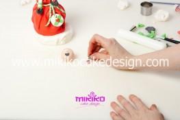 Piccolo panettone decorato con pasta di zucchero - Idee per Natale-66