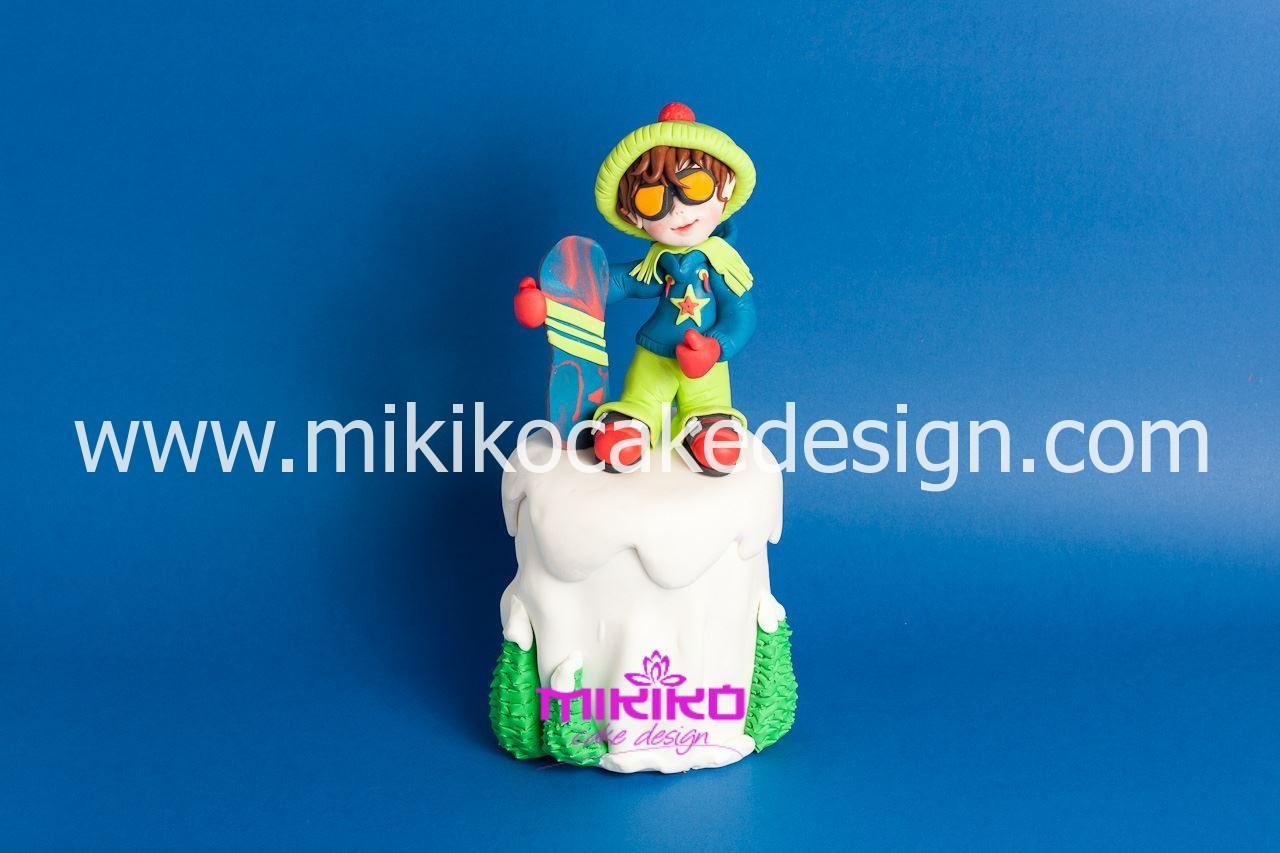 Immagine della bambolina che faremo al corso di cake design il 2 febbraio 2014