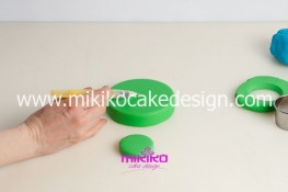 Tutorial uova di pasqua decorate con pasta di zucchero-05