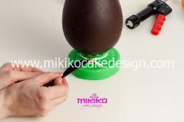 Tutorial uova di pasqua decorate con pasta di zucchero-16