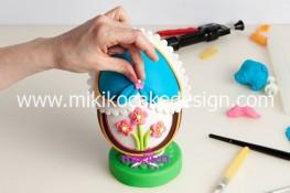 Tutorial uova di pasqua decorate con pasta di zucchero-52