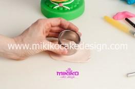 Tutorial uova di pasqua decorate con pasta di zucchero-53